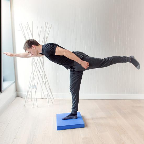 Navaris Foam Balance Pad Μαξιλάρι Ισορροπίας - 50 x 39 x 6,5 cm - Blue - 44382.04
